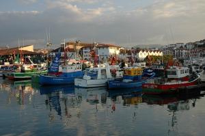 fishing-boats-421614_640