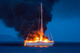 voilier en feu