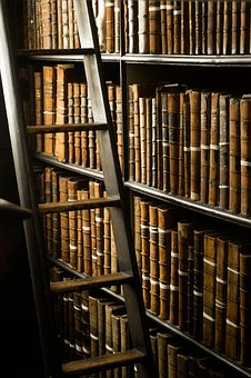 books-2362214__340.jpg