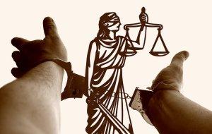 justitia-3222265__340